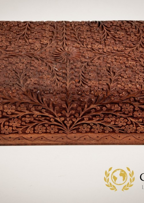 INDIAN ROSE WOOD JEWELLERY BOX ENGRAVED IN A FLORAL PATTERN